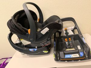 Chicco keyfit 30 car seat for Sale in Corona, CA