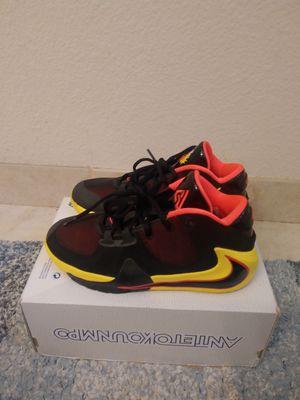 Nike Zoom Freak 1 Soulglo Size 6y 6men or 8.5 women for Sale in Oakland, CA