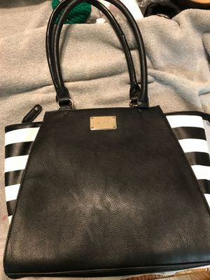 LARGE NEW NINE WEST PURSE for Sale in Madera, CA