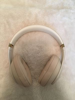 Beats Studio3 wireless headphones for Sale in Nesconset, NY