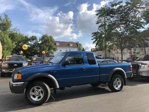 2002 Ford ranger 4X4 v6 for Sale in Chicago, IL