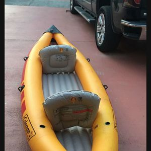 Kayak 2 Person Inflatable Boat COLEMAN. GREAT CONDITION. SUPER PORTABLE. for Sale in Miami, FL