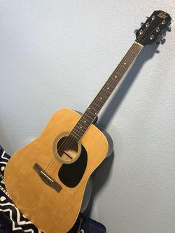 Guitar  for Sale in Soledad, CA