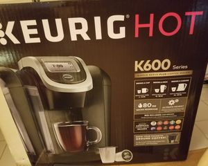 Keurig K-600 Plus for Sale in Miami, FL