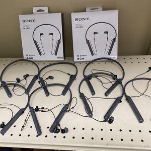 Sony - WiC400 Wireless Behind-Neck in Ear Headphone Waterproof Open Box for Sale in Houston, TX