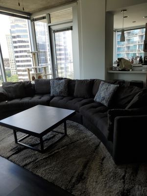 Gray sectional couch for Sale in Atlanta, GA