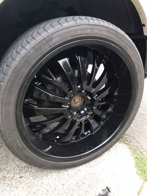 Set of 24 inch rims for Sale in Graham, WA