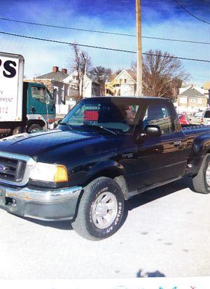 2004 FORD RANGER XLT MANUAL for Sale in Everett, MA