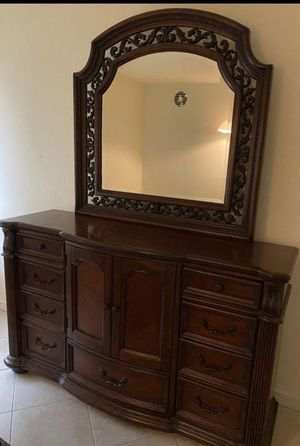 Queen bed frame dresser with mirror and two night stand no mattress for Sale in Miami, FL