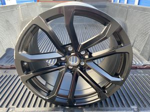 2014-2015 ZL1 - 1LE rear rim 20x11 Also fits 2010 to 2019 Camaros for Sale in Chula Vista, CA