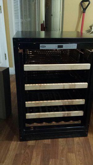 Marvel wine refrigerator for Sale in Jersey City, NJ