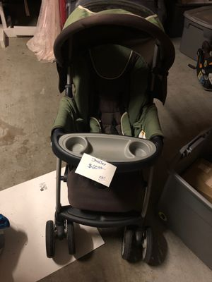Chicco stroller and car seat combo for Sale in Silsbee, TX