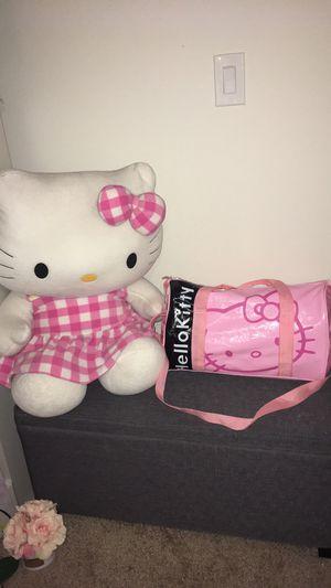 Hello kitty duffel bag for Sale in Hialeah, FL