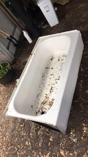 Bathtub for Sale in Lehigh Acres, FL