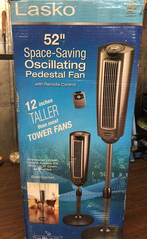 """52"""" space saving oscilante for Sale in Philadelphia, PA"""