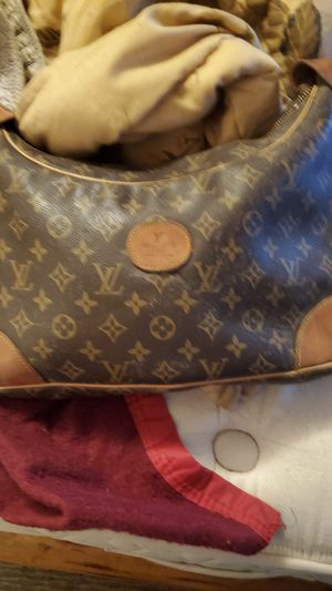 Louie vittion leather purse for Sale in Sweet Home, OR