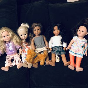 American Girl Doll With Friends for Sale in Kansas City, MO