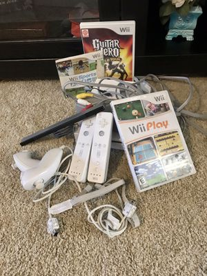 Nintendo Wii bundle WORKS PERFECTLY for Sale in Fresno, CA