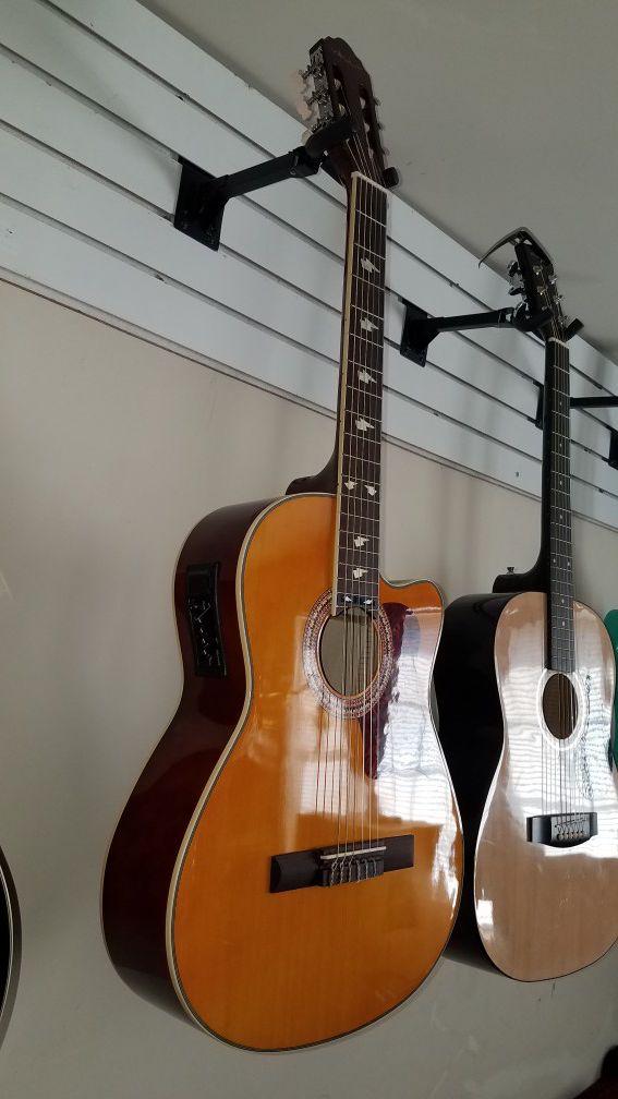 Guitarra clasica electroacustica