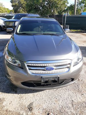 2012 Ford Taurus fully loaded for Sale in Miami, FL