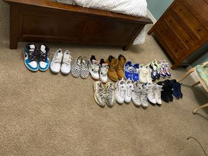 Selling Jordan's , vans , Nike! Sizes 11&10.5 .MENS! for Sale in Greenville, SC