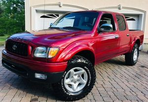 TOYOTA TACOMA RED 2001 SUPER CLEAN! for Sale in New York, NY