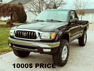 Nice clean 2001 - Toyota TACOMA for Sale in Orlando, FL