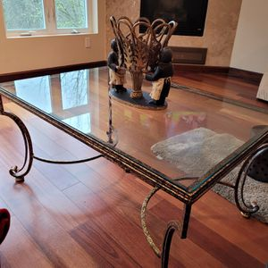 Coffee Table for Sale in Lake Oswego, OR