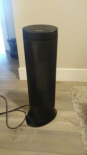 Honeywell space heater 1500 watts for Sale in Golden, CO
