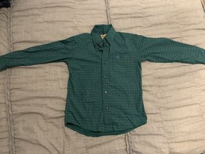Wrangler Shirt - M. 3 Pairs of Levi's 6 Reg. Boot cut , Regular, and Straight Wrangler Size 6 for Sale in Midland, TX