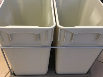 Pull Out Trash Bins for Sale in Maitland,  FL