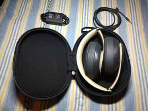 Beats Studio 3 Wireless Shadow Gray for Sale in Tempe, AZ