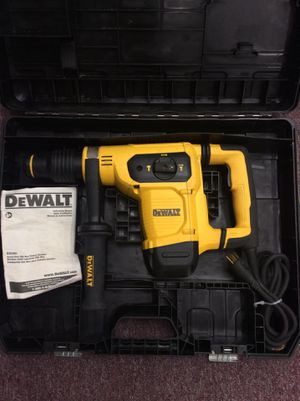 "Dewalt D25481 1-9/16"" SDS MAX Rotary Hammer Drill in Case (19-2167) for Sale in Laurel, MD"