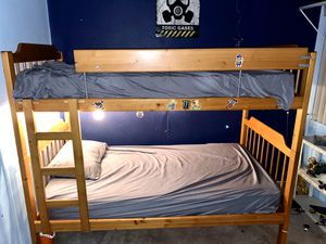 Twin size bunk bed for Sale in San Diego, CA