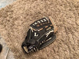 "2 Louisville slugger TPS helix 14"" slowpitch softball gloves for Sale in La Verne, CA"