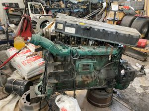 Volvo D12 for parts for Sale in Wood Dale, IL