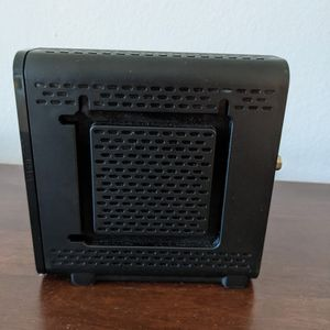 Arris SURFboard Model SB6121 Cable Modem for Sale in Miami, FL