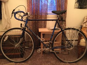 Raleigh men's road bike for Sale in Phoenixville, PA