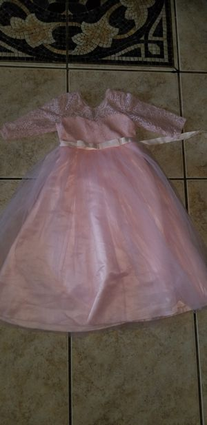 Girl lace pink dress size 5 for Sale in Fresno, CA