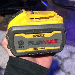 60v Dewalt Battery for Sale in Kent,  WA