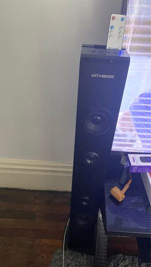 Bluetooth speaker with remote for Sale in Washington, PA