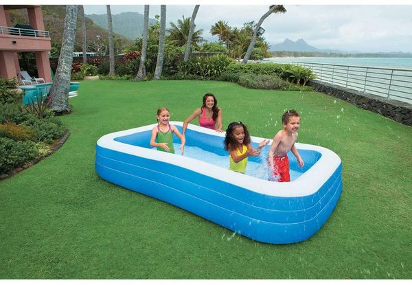 BRAND NEW IN BOX INTEX INFLATABLE FAMILY SIZE POOL