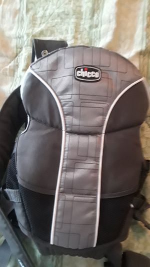 Chicco baby carrier for Sale in Norfolk, VA