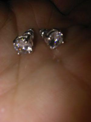 14k white gold 1/2ct T. W diamond earrings for Sale in Modesto, CA