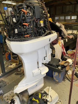 Boat motor. Evinrude 200 for Sale in Riverview, FL