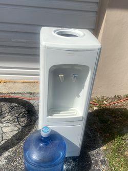 Water Fountain for Sale in Deerfield Beach,  FL