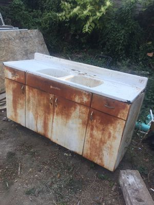 Vintage Farm Sink and Cabinet for Sale in East Wenatchee, WA