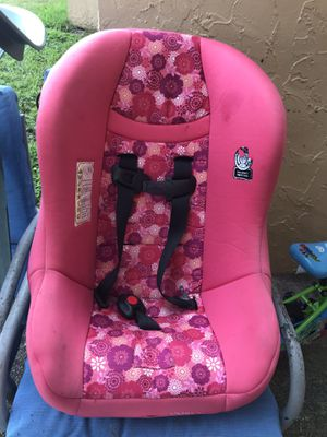Car seat for Sale in Sunrise, FL