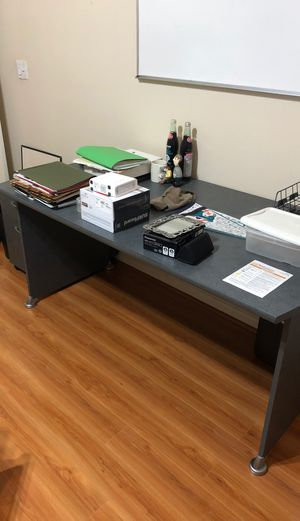 Office desk side chairs and file cabinet for Sale in FL, US