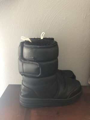 Toddler Boys Black Winter snow boots for Sale in Chesapeake, VA